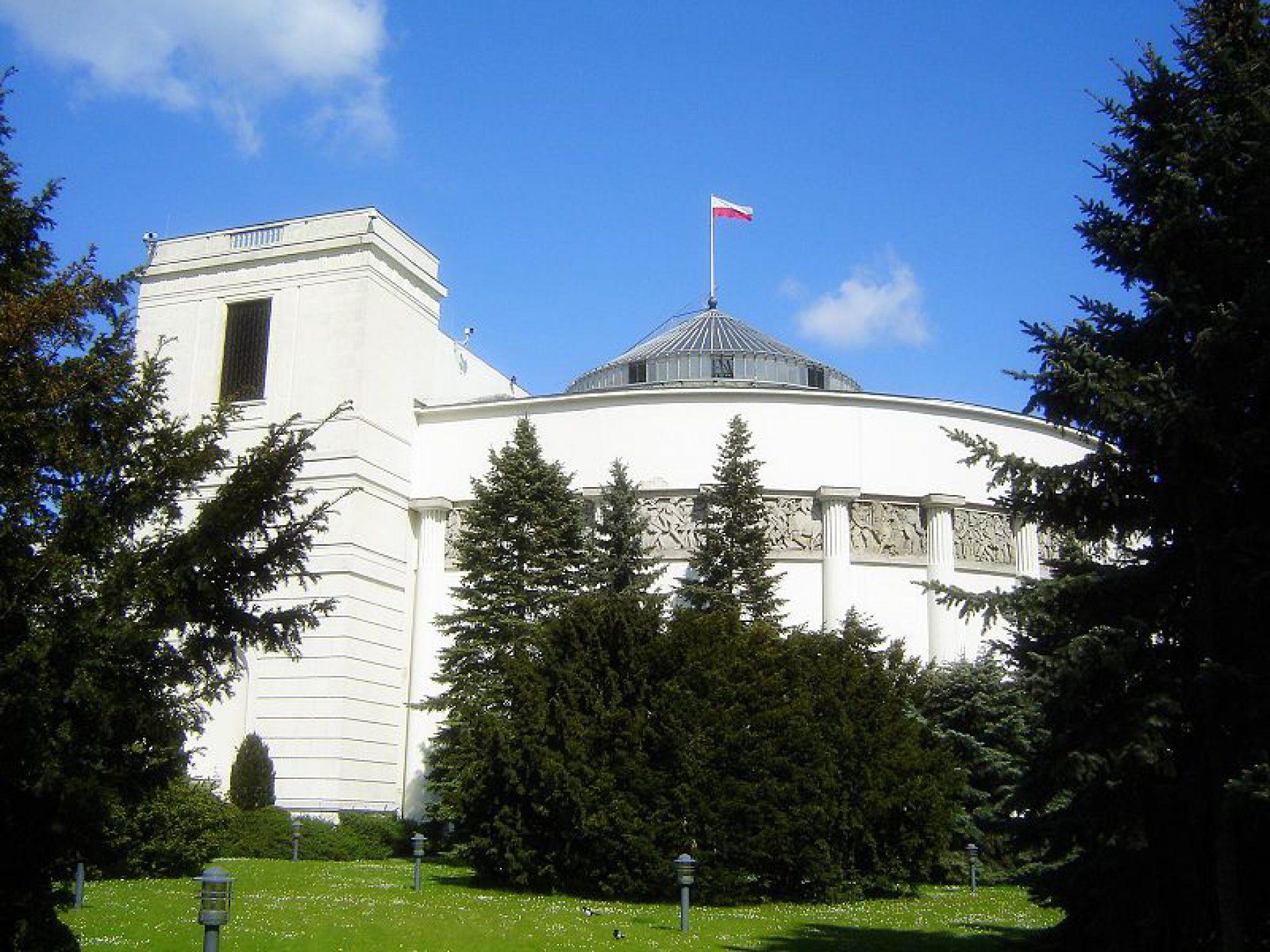 Sejm przyjął ustawę ws. ratyfikacji Konwencji Rady Europy o zapobieganiu i zwalczaniu przemocy wobec kobiet i przemocy domowej.